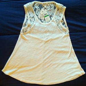 Ladies sleeveless top